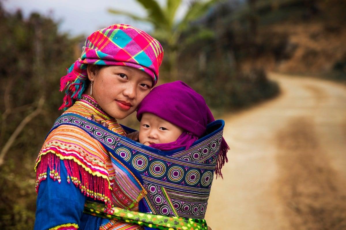 Гау и ее сын Хой (Северный Вьетнам)