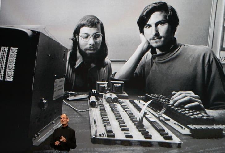 Соучредители Apple Стив Возняк и Стив Джобс в первые годы существования компании