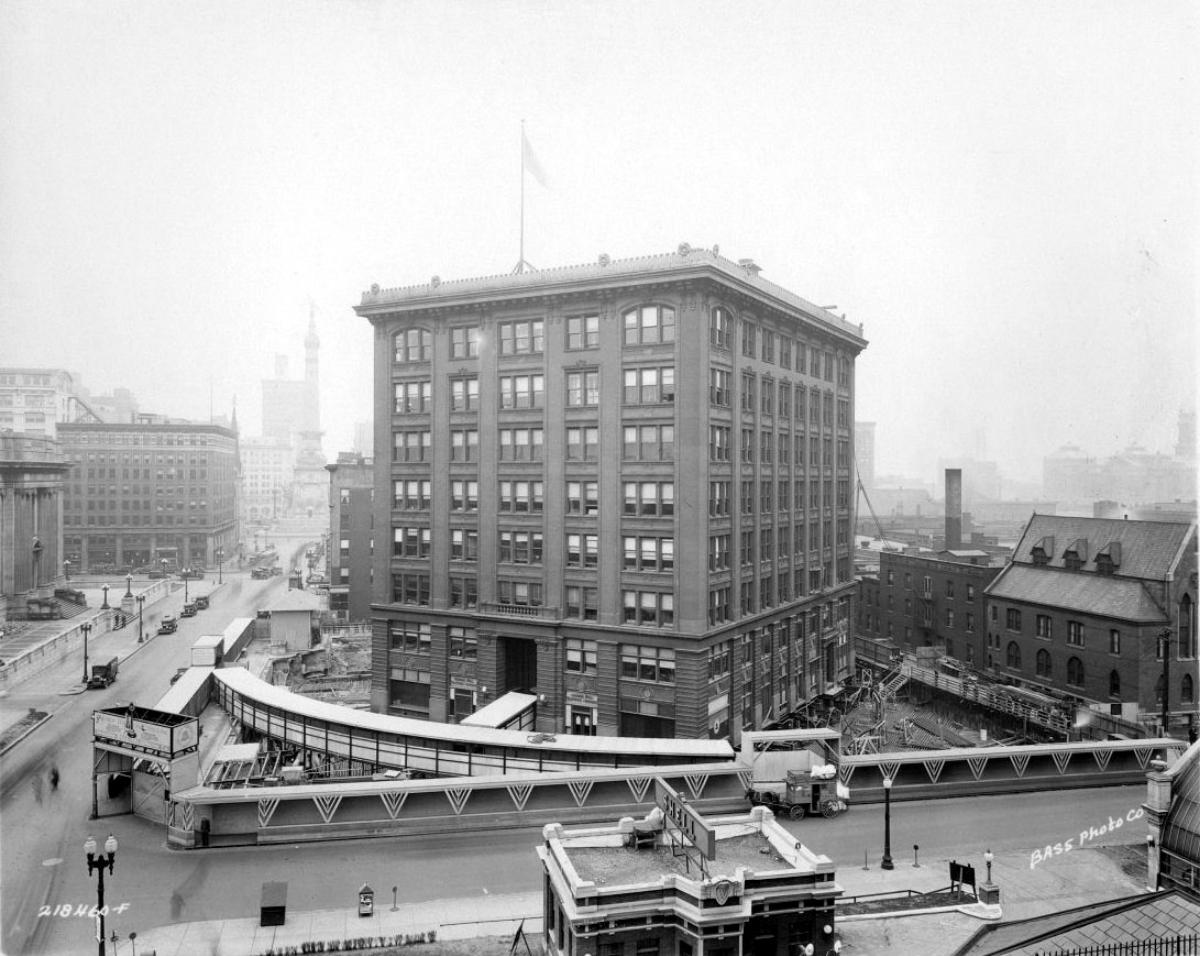 Перенос здания Indiana Bell