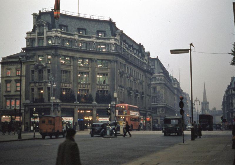 Замечательные цветные фотографии Лондона 1950-х годов