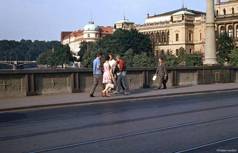 Цветные фотографии уличных пейзажей Чехословакии 1970 года