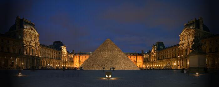 Известные памятники меняют свои места расположения