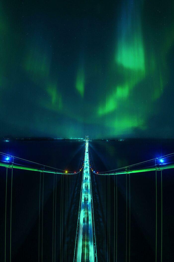 Северное сияние с верхней точки моста Макино