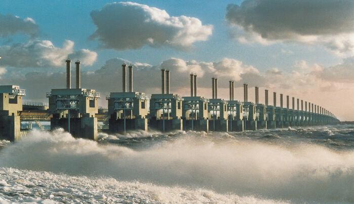 Дельта (Delta Works), Нидерланды. Самый большой штормовой барьер в мире