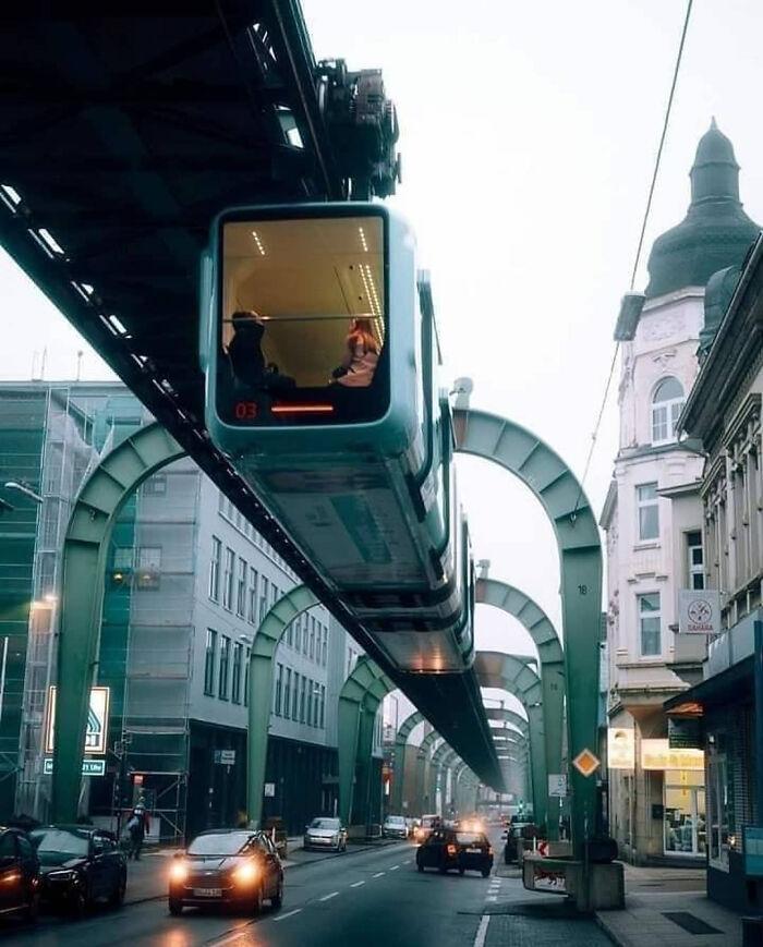 Электрическая эстакада (подвесная железная дорога), Вупперталь, Германия