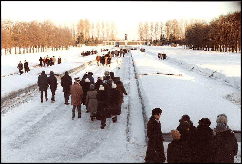 Ленинград, Пискаревское мемориальное кладбище, 1988 год