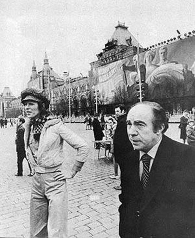 Дэвид Боуи путешествовал из Владивостока в Москву