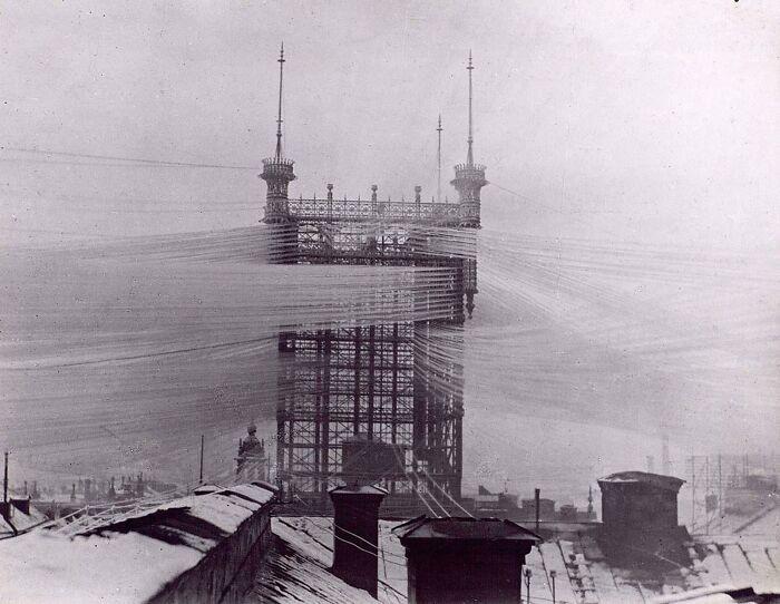 Стокгольмская телефонная башня с примерно 5500 телефонными линиями, 1890 год