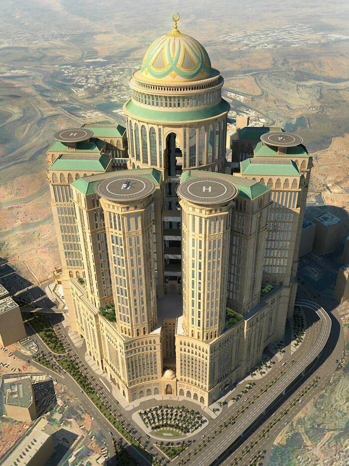 Самый большой отель в мире на 10000 номеров, Саудовская Аравия
