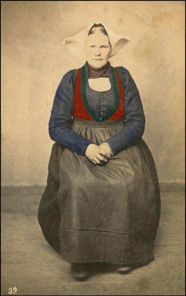 Норвежский костюм. Женщина из Вос, около 1870-х годов